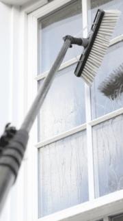 wasserdurchlaufstange-Fenstereinigung mit einen karbon stange und entmineralisiertes wasser nürnberg Erlangen https://preispasst.de.jpeg