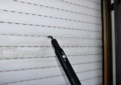 fensterputzer preispasst.de reinigen rolladen mit dampfreiniger rolladenreinigung nuernberg erlangen fuerth gebäudereiniger